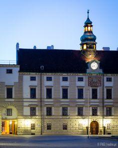 North-west wing of (Neue) Hofburg Palace viewed from In Den Burg street in Vienna (Wien), Austria