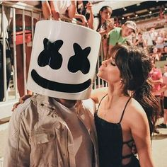 Camila Cabello - Billboard Hot 100 Fest (BTS) Camila Cabello Style, Outfits and Clothes. Dj Marshmello, Divas, Fangirl, Color Rubio, Guess Girl, Best Dj, Billboard Hot 100, Alan Walker, Hottest 100