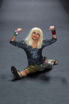 Betsey Johnson, 71  ageism. aging.