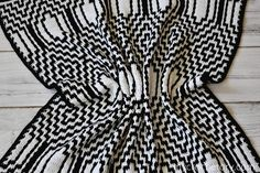 Thassos Mosaic Crochet Blanket instant download PDF pattern | Etsy Crochet Square Patterns, Shawl Patterns, Crochet Blanket Patterns, Crochet Afghans, Crochet Blankets, Crochet Flower Tutorial, Single Crochet Stitch, Fabric Yarn, Photo Tutorial
