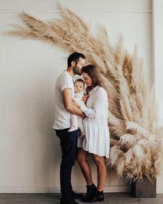 38 ideas bridal photoshoot indoor wedding ideas for 2019 Photography Studio Spaces, Family Photography, Deco Boheme, Bridal Photoshoot, Indoor Wedding, Studio Shoot, Photo Backgrounds, Photoshoot Inspiration, Family Photos