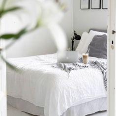 // White, bedroom, linen, gallery wall, big windows, kartell ikea//Bedroominspiration #bedroominspo #Interiorforinspo #Interior #interiordesign#interiorlovers #Interior125 #interior4all#interiorinspiration #interior123 #onlyinterior#linen#bedroomdecor#etuovisisustus #inspiroivakoti #interior4you1 #inredning#sovrum #whiteinterior #sisustus #sisustusideat #decor #inspiremeinterior#scandinavianinterior #likeforlike #like4like #elledecor #sfs #sisustusinspiraatio #passionforinterior Decor, White Bedroom, Room, Interior, Big Windows, White Interior, Bedroom Decor, Bedroom, Rustic Bedroom