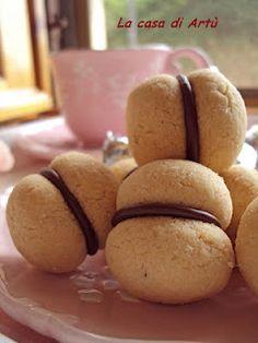 Baci di dama (Ladies' kisses), great recipe!