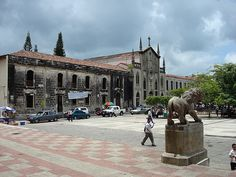 the collegiate church of the Assumption and part of Main Square, in Leon, Nicaragua
