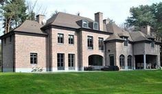 Villa te koop in kapellen voor 1.950.000 euro met referentie 19500728334