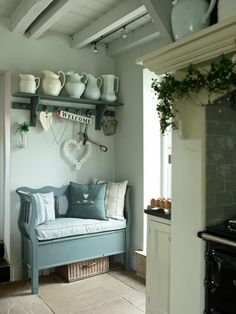 Magnetic Shabby Chic Decor Dining Ideas – Home living color wall treatment kitchen design Shabby Chic Kitchen, Shabby Chic Homes, Shabby Chic Decor, Country Kitchen, Country Interior, Country Decor, Country Homes, Top Country, Country Hallway