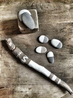 Méchant Design: pebbles & wood