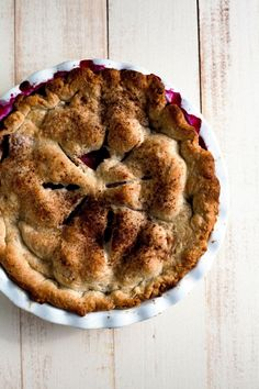 Hummingbird High - A Desserts and Baking Food Blog in Portland, Oregon: Rustic Blackberry and Peach Pie (with Noah's Pie Crust!)