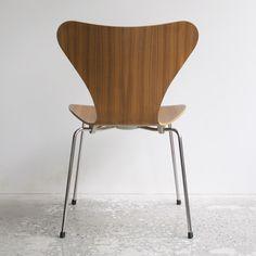 Fritz Hansen - Seven chair by Arne Jacobsen