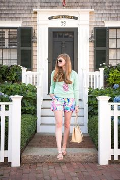 Nantucket Travel Diary | Mollie Moore Blog. NYC fashion, outfit inspiration, summer fashion, style bloggers & street style, fashion ideas, street style summer, street style 2017, fashion blog, style blogger, style blogger summer.