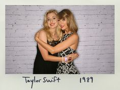Taylor with a fan during the pre-show meet and greet in Brisbane! 12.5.15