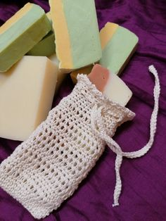 Crochet soap bag / soap saver Facebook Sign Up, Handicraft, Soap, Crochet, Projects, Bags, Craft, Log Projects, Handbags