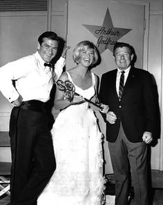 #Sixties | Rod Taylor, Doris Day and Arthur Godfrey, stars of The Glass Bottom Boat, 1966