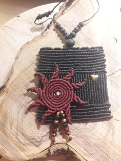 ➳Unique necklace for special girls...Macrame boho necklace with a big sun and mineral element➳ All my necklace are varied.➳The sun that will illuminate your life.➳ Widen your life❣