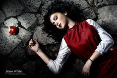Snow White by uniqueProject