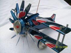 On Sale Folk Art Aluminum Can Airplane di CANARTCRAFTS2204 su Etsy, $15.00