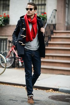 RL toggle coat   Ted Baker scarf   http://iamgalla.com/2014/10/winter-lust/