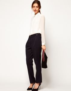 Cute pants (and hair).  - for more inspiration visit http://pinterest.com/franpestel/boards/