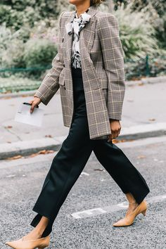 These cute outfits with heels were plucked straight from fashion girls on the street style scene. Get some inspiration here.