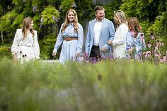 Koningspaar sluit eerste halfjaar af met fotosessie