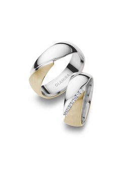 Partner rings, engagement rings and wedding rings for couples in yellow gold, white gold and countless other variations are available at GLAMIRA. Wedding Rings Online, Custom Wedding Rings, Wedding Rings For Women, Wedding Ring Bands, Rings For Men, Platinum Jewelry, Gold Platinum, Diamond Jewelry, Gold Jewellery