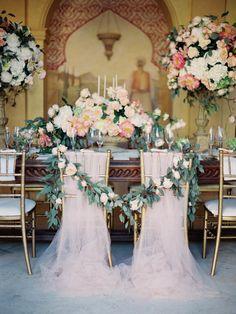 Sandoval Studios Photography | Chairs & Linen: Pedro Navarro | Creative Direction & Styling: Romance Weddings | Flowers & Ceremony Decor: Pedro Navarro | Planning & Coordination: Reviva Weddings