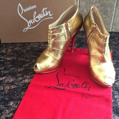 🎉 HP 5/22 🎉REASONABLE OFFERS WELCOME! Louboutins 🎉 HP BEST IN SHOES PARTY 5/22!!!🎉Gorgeous Christian Louboutin gold leather peeptoe booties. Back of right heel has a scratch on it as shown in the pictures. 4 1/2 inch heel.  Size 39.5. THIS ITEM IS EXCLUDED FROM THE 20% OFF SELLER DISCOUNT. Christian Louboutin Shoes Ankle Boots & Booties