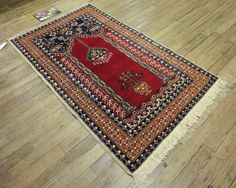 4x6 Persian Ardebil Vintage Hand-Knotted Rug by VintageRugsCarpets