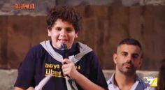 Secondo me un ragazzino che in tv parla di politica non si può sentire http://www.motelospiegoapapa.it/2014/10/01/il-ragazzino-che-in-tv-fa-piazzapulita.html