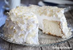 Mormorkake | Det søte liv Angel Food Cake, Food Cakes, No Bake Cake, Vanilla Cake, Feta, Camembert Cheese, Cake Recipes, Sweets, Baking