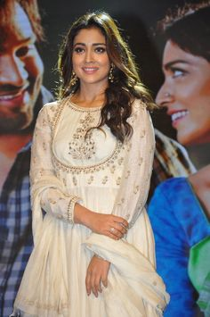Shriya Saran Photos At Gayathri Movie Audio Bollywood Celebrities, Bollywood Actress, Bollywood Heroine, South Actress, South Indian Actress, Indian Gowns, Indian Wear, 54 Kg, Dress Indian Style