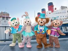 """Step to Shine"" is a brand new show featuring StellaLou, Duffy, Gelatoni, and ShellieMay at Tokyo DisneySea. Shanghai Disney Resort, Tokyo Disney Sea, Disney Theme, Disney Love, Disney Stuff, Downtown Disney, Walt Disney, Teddy Bear Cartoon, Teddy Bears"