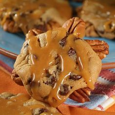 Chocolate Cookie Turtles {pecans, caramel and chocolate}