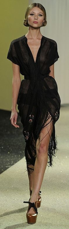 Ulyana Sergeenko Couture Spring 2013 Business on the top, party at the bottom. Beautiful dress.