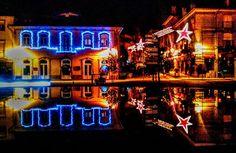 Boa tarde :D Uma imagem captada ontem à noite na rotunda da Ponte Velha em Arcos de  Continua o espírito de Natal em terras arcuenses