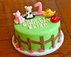 Bella Baker farm animal first birthday cake!