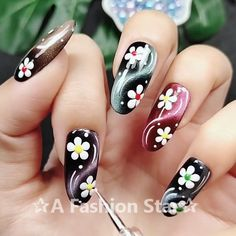 Nail Art ✰A Fashion Star✰ Nail Designs, Nail Art, Nail ideas Diy Nails, Cute Nails, Pretty Nails, Nail Nail, Top Nail, Star Nail Art, Star Nails, Fashion Star, Nail Fashion