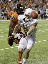 Texas takes Alamo Bowl (AP Photo/Eric Gay)