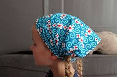 DIY: headbands full of sun - sewing Diy Headband, Headbands, Sewing Patterns Girls, Diy Hat, Textiles, Beret, Beanie, Crochet, Ali