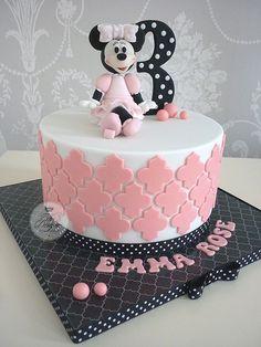 Tartas de cumpleaños - birthday Cake - Minnie Mouse birthday cake