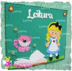 Leskka - Arte em e.v.a Alice Eva, Punch Art, Felt Art, Alice In Wonderland, Classroom, Scrapbook, Education, School, Crafts