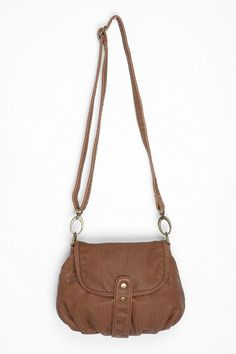Love this simple brown crossbody bag -- I've been looking for something exactly like this. Hmmm...