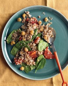 Bulgur with Roasted Red Peppers, Chickpeas & Spinach