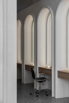 Shop Interiors, Office Interiors, False Wall, Barbershop Design, Decor Logo, Salon Interior Design, Minimalist Architecture, Home Room Design, Wall Treatments