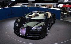 Black Bugatti Vittesse 2015