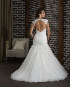 Open back wedding dress with sweetheart neckline 309 - Bonny - Collections | Bonny Bridal