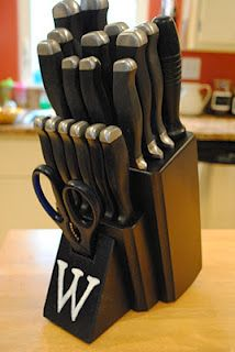 pait that nasty knife block