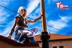 Lady Kenway. Videogame: Assasin´s Creed IV. Cosplayer: Tiffany 'aka' BabyGirlFallenAngel. Form: Australia. Photo: Angelo- Igotsuperpowers 2014