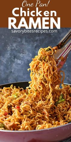 Try this homemadebesteasy Chicken Ramen noodle recipe which quick but healthy and delicious too. Fix lunches or dinners under 30 mins with this easy skillet chicken ramen stir fry which is going to be kids favorite too and that to under budget. Chicken Ramen Recipe, One Pan Chicken, Skillet Chicken, Chicken Recipes, Clean Chicken, Broccoli Chicken, Cashew Chicken, Ramen Recipes, Asian Recipes