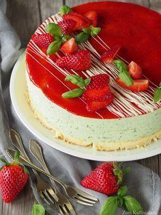 Erdbeer-Basilikum-Torte! Grün und rot ergänzen sich hier perfekt ;)